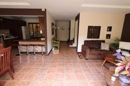 Foto Casa en condominio en Venta en  Santana,  Santa Ana  Casa en Santa Ana con amplio jardín.