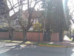 Foto Casa en Alquiler en  Mart.-Vias/Libert.,  Martinez  Ladislao Martinez al 800