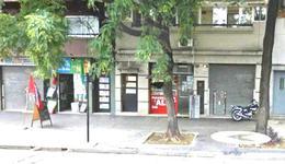 Foto Local en Alquiler en  Parque Patricios ,  Capital Federal  AV CASEROS al 3900
