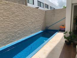Foto Casa en Renta en  Benito Juárez ,  Quintana Roo  CASA EN RENTA EN AQUA RESIDENCIAL