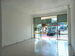 Foto Local en Renta en  Supermanzana 57,  Cancún  Renta Local Comercial Av. Kabah Cancún
