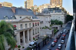 Foto Departamento en Venta en  Recoleta ,  Capital Federal  Avenida Alvear al 1600