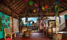 Foto Casa en Venta en  Loma Bonita,  Bahía de Banderas  Hotel Boutique en Bucerias,  con 8 habitaciones