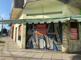 Foto Local en Venta en  Villa Ballester,  General San Martin  Moreno al 1200
