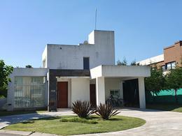 Foto Casa en Venta en  Adrogue,  Almirante Brown  Soler 590
