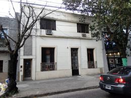 Foto Casa en Venta en  España y Hospitales,  Rosario  Garay al 1000