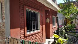 Foto thumbnail Casa en Venta en  Lomas de Zamora Oeste,  Lomas De Zamora  LAGO ARGENTINO al 1600
