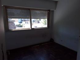Foto Departamento en Alquiler en  Villa Sarmiento,  Moron  Tres de Febrero al 1000