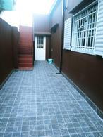 Foto Casa en Venta en  La Plata ,  G.B.A. Zona Sur  5 e/ 68 y 69 al 1700