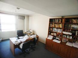 Foto Oficina en Venta en  Retiro,  Centro  Avenida Cordoba  al 300
