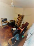 Foto Departamento en Venta en  Almagro ,  Capital Federal  Avda. Rivadavia 3700