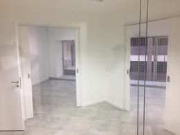 Foto Oficina en Alquiler en  Centro ,  Capital Federal  TRES SARGENTOS 400