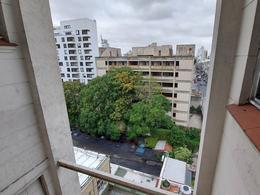 Foto Departamento en Venta en  San Telmo ,  Capital Federal  Brasil al 600