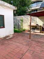 Foto Casa en Venta en  Adrogue,  Almirante Brown  De Kay al 500