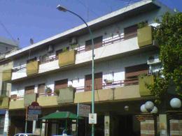 Foto thumbnail Cochera en Venta | Alquiler en  Adrogue,  Almirante Brown  SOMELLERA 538