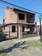 Foto Casa en Venta en  Soldini,  Rosario  Rivadavia 945 entre Honduras y Antártida Argentina