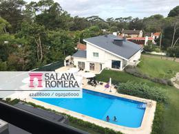 Foto Departamento en Alquiler temporario | Venta en  Punta del Este ,  Maldonado  VENTA: UN DORMITORIO  EXCELENTE SERVICIOS PUNTA DEL ESTE REF:3551862