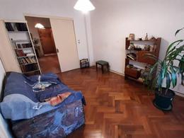 Foto Departamento en Venta en  Monserrat,  Centro (Capital Federal)  Carlos Calvo al 1200