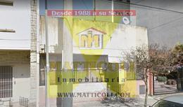 Foto Casa en Venta en  General San Martin ,  G.B.A. Zona Norte  Rivadavia al 3900