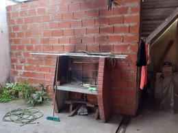 Foto PH en Venta en  Moron ,  G.B.A. Zona Oeste  Cristobal Colón al 1000