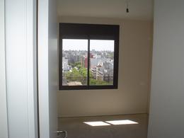 Foto Departamento en Venta en  Pocitos ,  Montevideo  Con RENTA, corazón Pocitos, piso alto