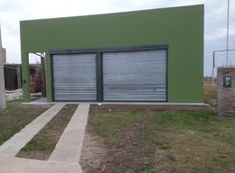 Foto Galpón en Venta en  Alvear,  Rosario  Avenida Rubbini 1128