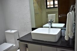 Foto Departamento en Renta   Renta temporal en  Quintana Roo ,  Quintana Roo  Condo en Renta Amueblado a 50 mt de la Playa  Zona Hotelera Cancun  C2828
