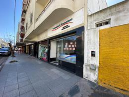 Foto Local en Venta en  Centro,  Mar Del Plata  San Martin y Jujuy