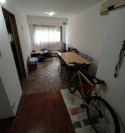 Foto Departamento en Venta en  Martin,  Rosario  1 mayo  al 1600