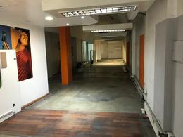 Foto Local en Venta | Alquiler en  Retiro,  Centro (Capital Federal)  Cerrito 800