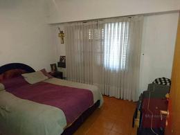 Foto PH en Venta en  Quilmes,  Quilmes  Gran Canaria al 400
