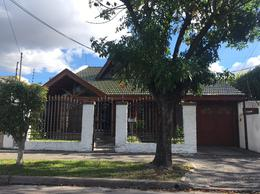 Foto Casa en Venta en  Berazategui,  Berazategui  Calle 139 n867