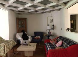 Foto Casa en Venta en  Adrogue,  Almirante Brown  PELLEGRINI  773, entre Nother y Spiro