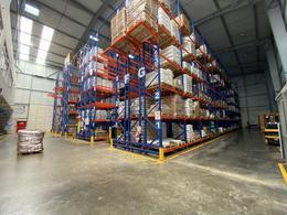 Foto Bodega Industrial en Renta en  Uruca,  San José  Bodega con oficinas disponible para alquiler en la Uruca