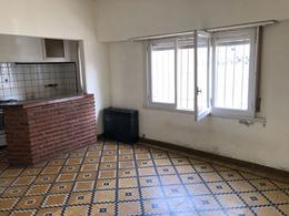 Foto Casa en Venta en  Balcarce,  Balcarce  CALLE 25 ENTRE 24 Y 26