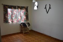 Foto Casa en Venta en  General Belgrano,  General Belgrano  5 e/ 28 y 30 al 1300
