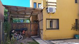 Foto Casa en Venta en  Los Arenales ,  Escobar  VENTA | CASA Rustico-Moderna MUY LUMINOSA con JARDIN y PILETA