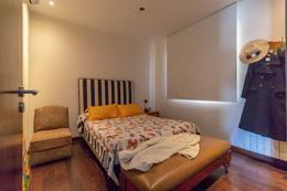 Foto Casa en Venta en  Yerba Buena ,  Tucumán  La Pedrera - Peron 600