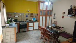 Foto thumbnail Casa en Venta en  Lanús Este,  Lanús  M Weild al 3200