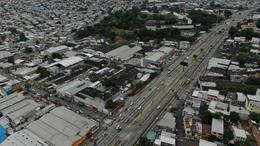 Foto Bodega en Venta en  Norte de Guayaquil,  Guayaquil  VENTA DE BODEGA ESQUINERA KM 6.5 VIA DAULE