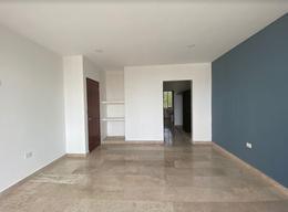 Foto Casa en Venta en  Temozon Norte,  Mérida  Casa venta Temozón Norte, Merida, dos plantas con alberca