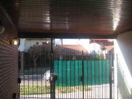 Foto PH en Venta en  Lanús Oeste,  Lanús  Cavour al 3900