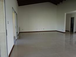 Foto Casa en Venta en  Canning (Ezeiza),  Ezeiza  Casa en venta / Alquiler : Canning :: Santa Juana. (CON RENTA)