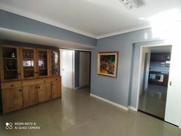 Foto Departamento en Venta en  Acassuso,  San Isidro  Av. Santa Fé al 200