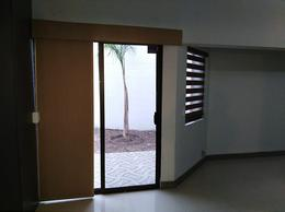 Foto Casa en Renta en  Chihuahua ,  Chihuahua  V ETAPA SAN FELIPE, EXCELENTE UBICACION , REMODELADA TOTALMENTE. (OPCION AMUEBLADA $24,000.00)