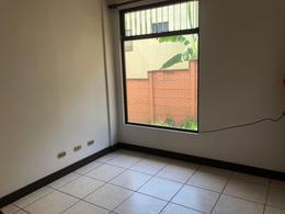 Foto Casa en condominio en Renta en  San Rafael,  Escazu  Guachipelin, Escazu
