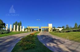 Foto Terreno en Venta en  Cañuelas Golf ,  Cordoba Capital  CAÑUELAS - LOTES CENTRALES - ESCRITURA - SEGURIDAD 24 HS -