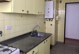 Foto Departamento en Alquiler en  La Plata ,  G.B.A. Zona Sur  10 E/ 42 y 43