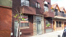 Foto PH en Venta en  Mataderos ,  Capital Federal  Basualdo al 1100,  PH 2 ambs al frente, con patio en planta baja.
