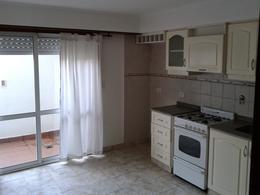 Foto Departamento en Alquiler en  Balcarce ,  Interior Buenos Aires  CALLE11 ENTRE 18 Y AV. CHAVES